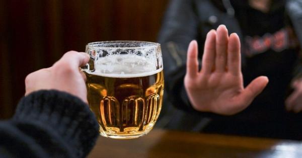 Không nên uống nhiều rượu bia nếu muỗn giảm mỡ bụng